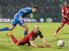 Schwalbe Arjen Robben DFB Pokal Bayern München verslaat Bochum Getty
