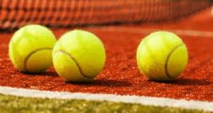 Soorten tennis weddenschappen. Waar kun je bij de bookmakers op inzetten met tennis?